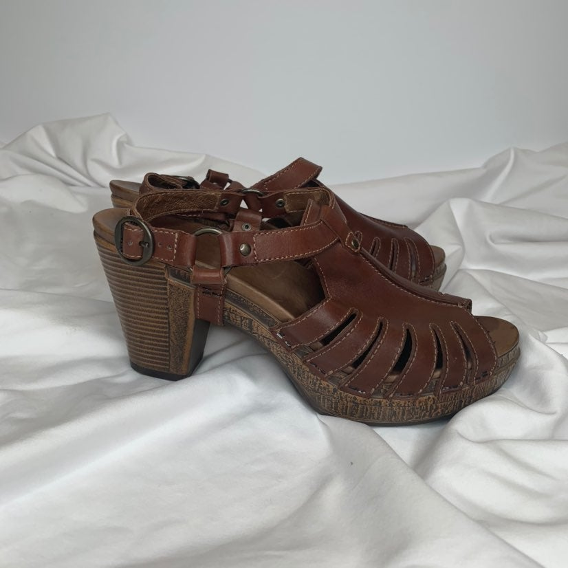 Dansko Sandals. Size 40