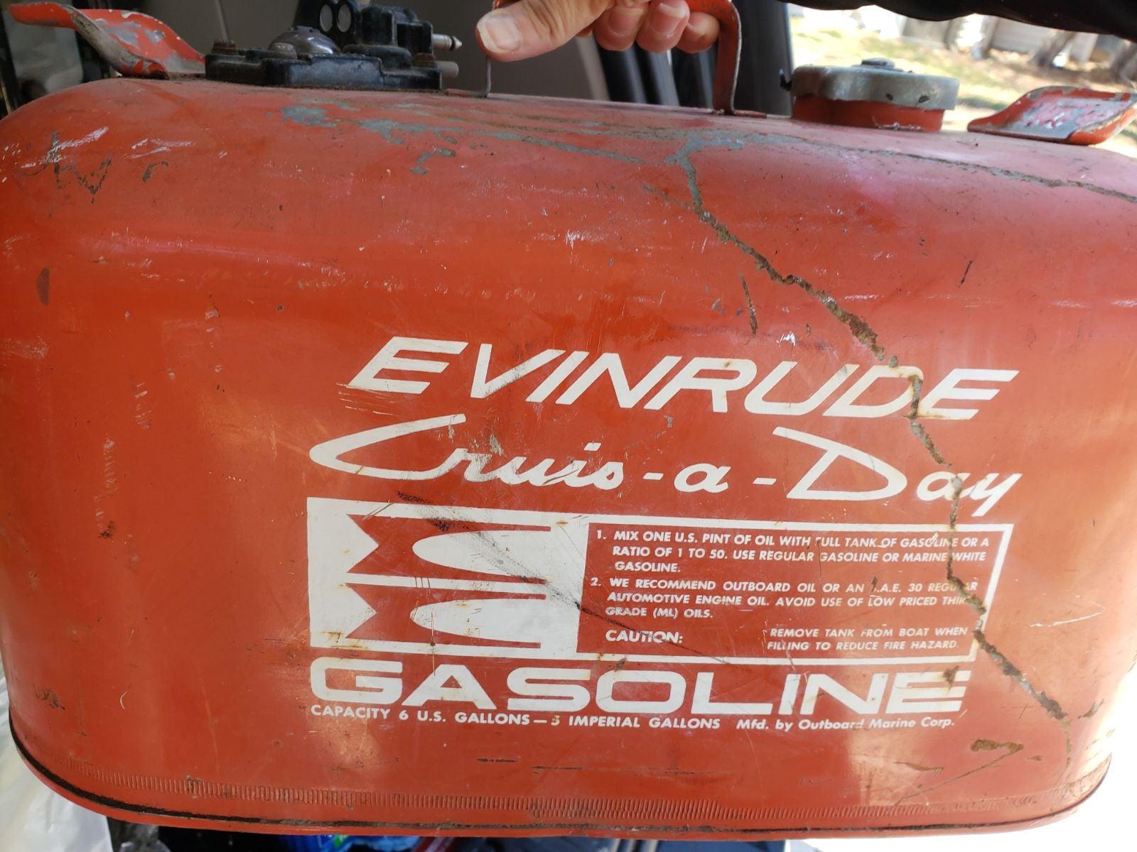 Vintage Evinrude 5 gallon gas tank