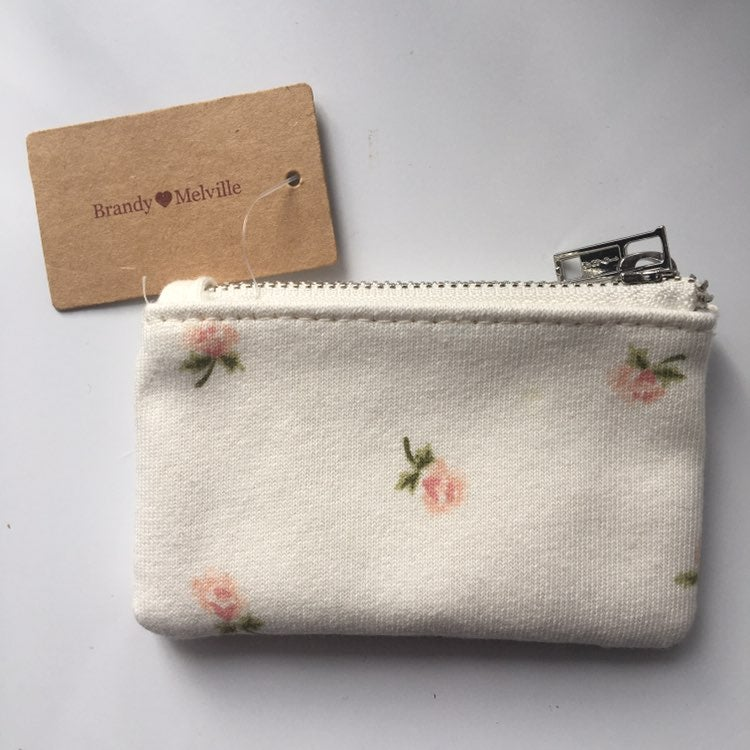 Brandy Melville White Floral Coin Purse