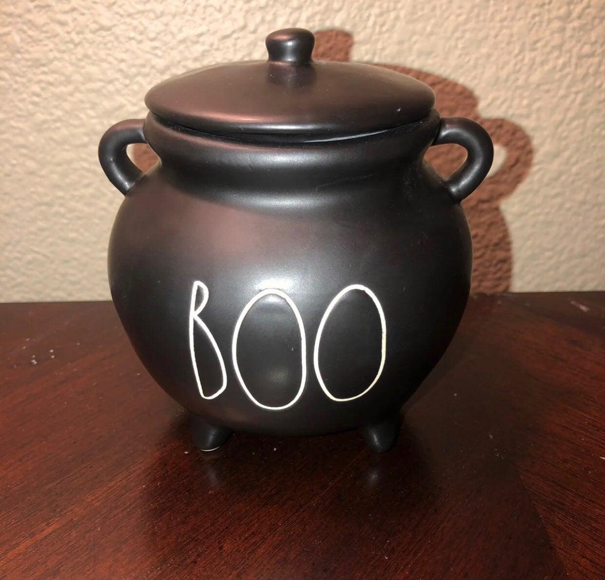 Rae dunn boo cauldron