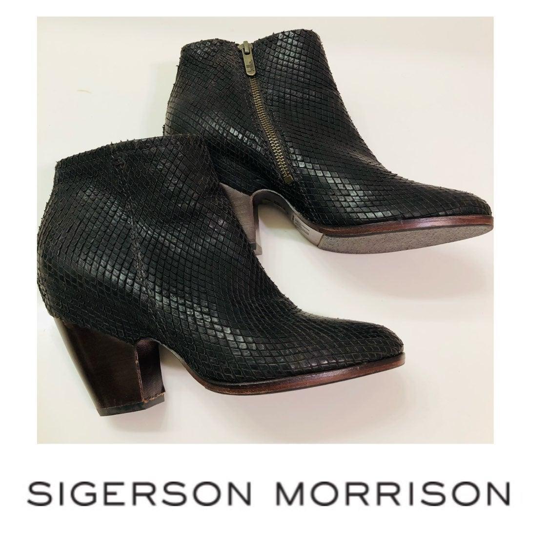 NWOT Belle by Sigerson Morrison Ankle Bo