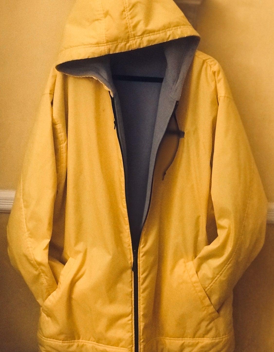 """Yellow """"NIKE"""" Mens Stadium Coat Jacket"""
