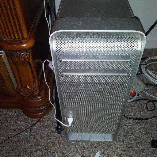 Apple Mac Pro Desktop