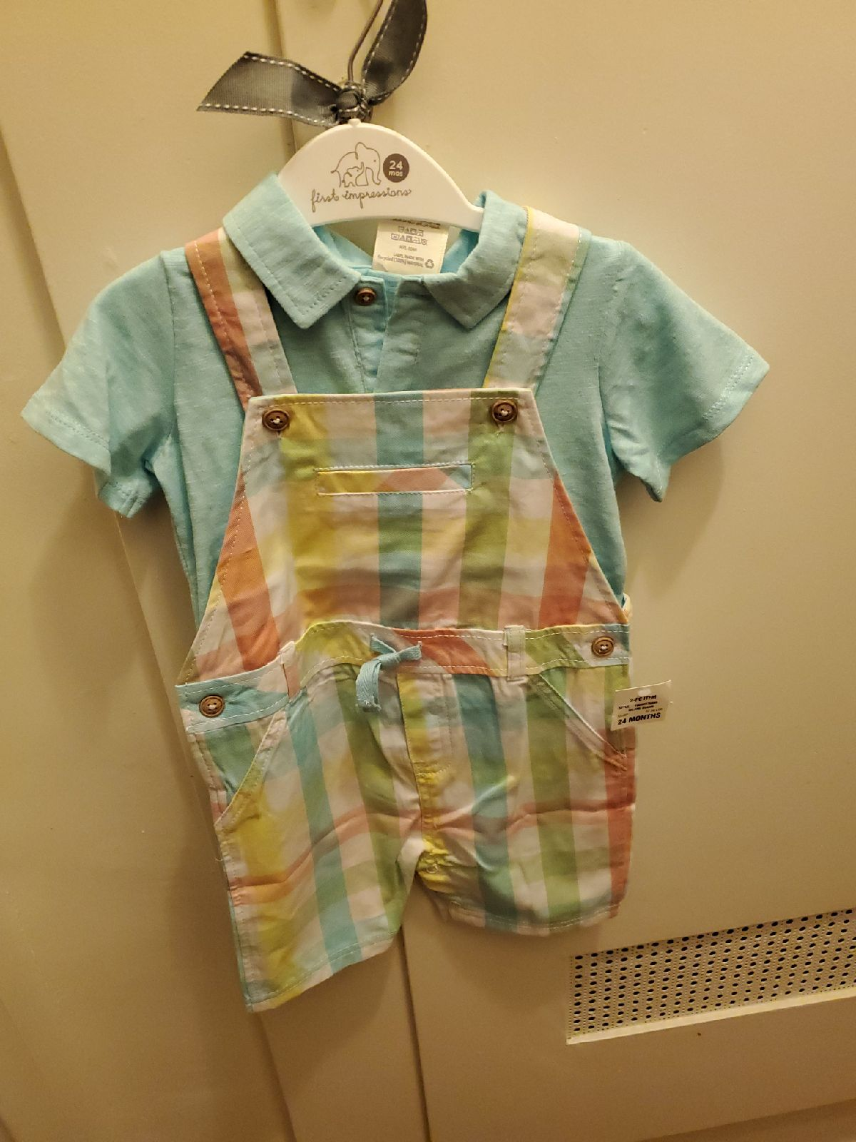 Adorable overalls size 24 months