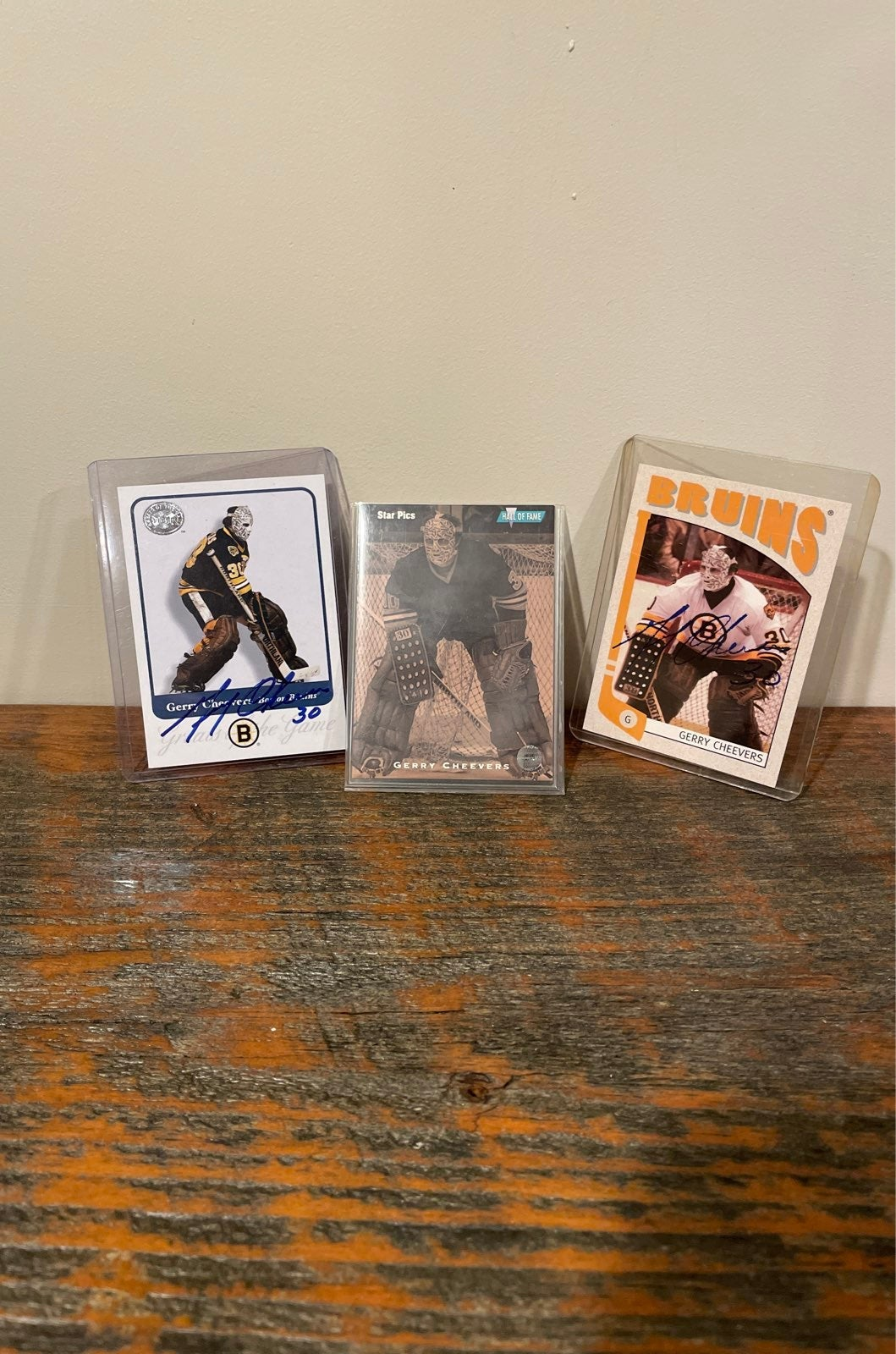 Gerry Cheevers Autograph Lot