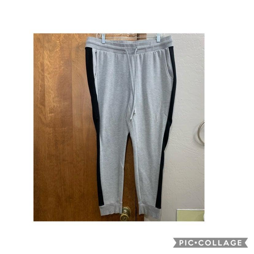 Torrid Active gray sweatpant joggers