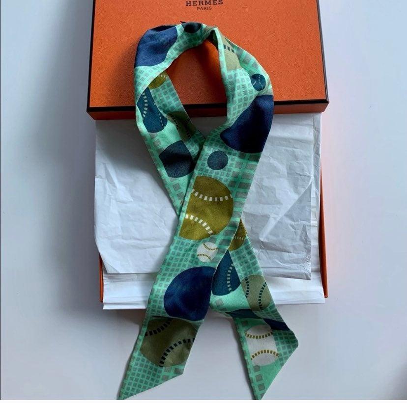 Hermès Twilly in green silk