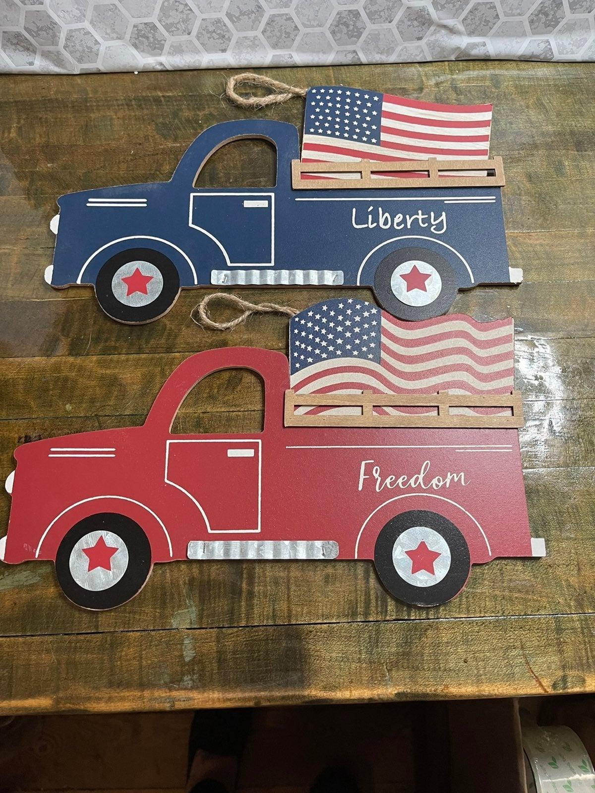 Hanging Farmhouse Patriotic Truck Signs
