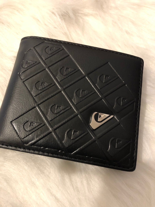 QuickSilver Wallet BlacK OFFER TODAY