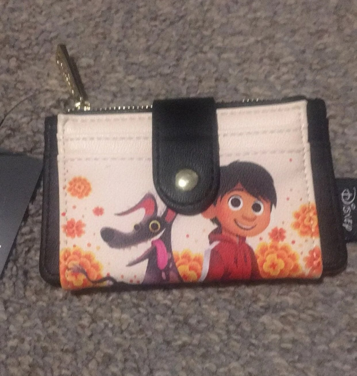 Loungefly disney coco cardholer/wallet