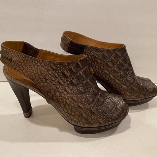 Maxazria Croc embossed sandals 39