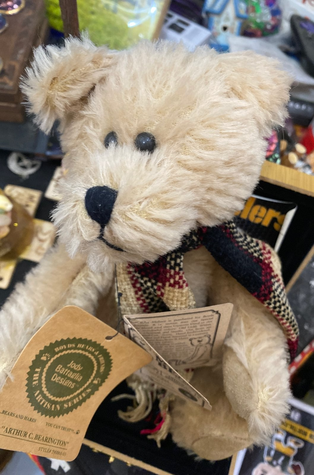 "Arthur c bearington bear 8 "" like new"