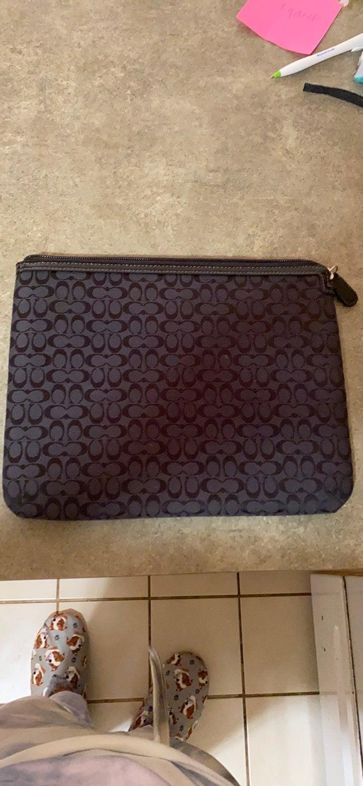 Coach logo ipad/tablet case