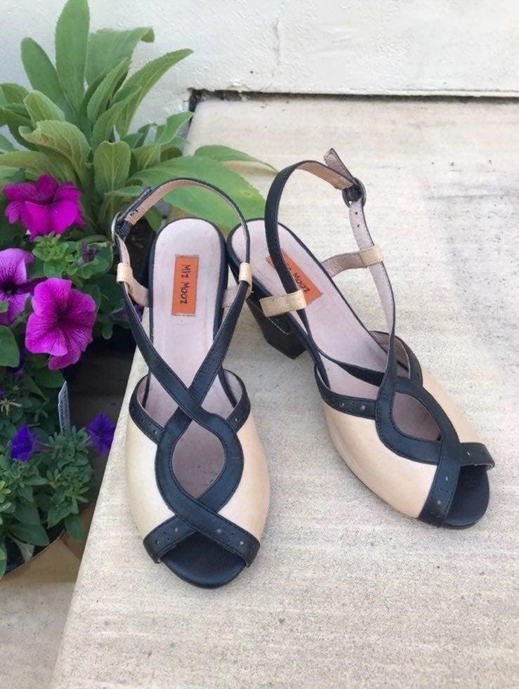 Miz Mooz Sandals Heels 7