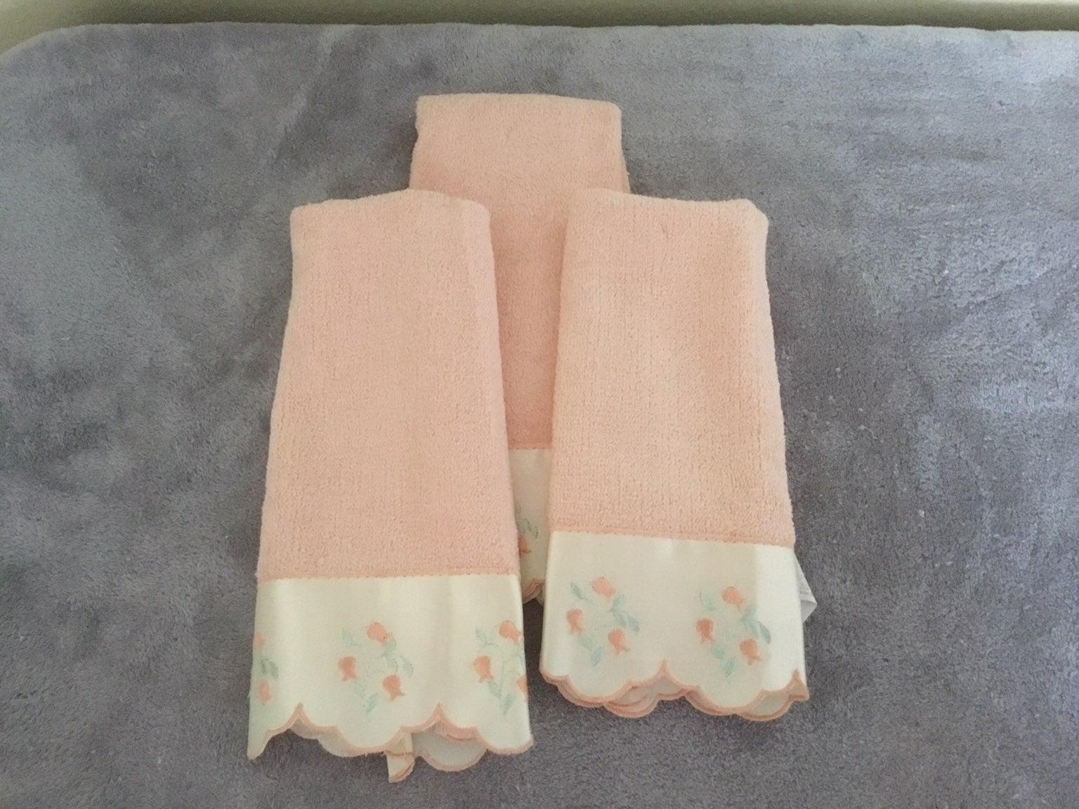 Finger towels (set of 3)