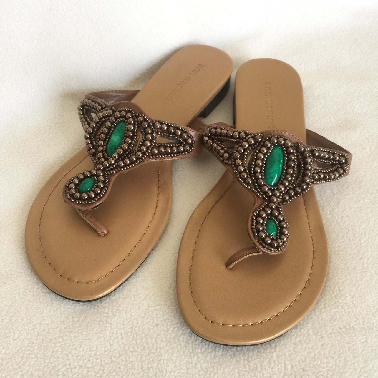 NWOT Ann Marino Sandals/Flip-flops