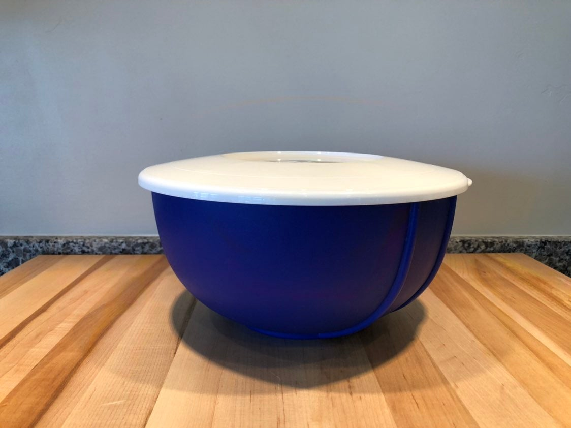 Vtg Tupperware Mixing Bowl