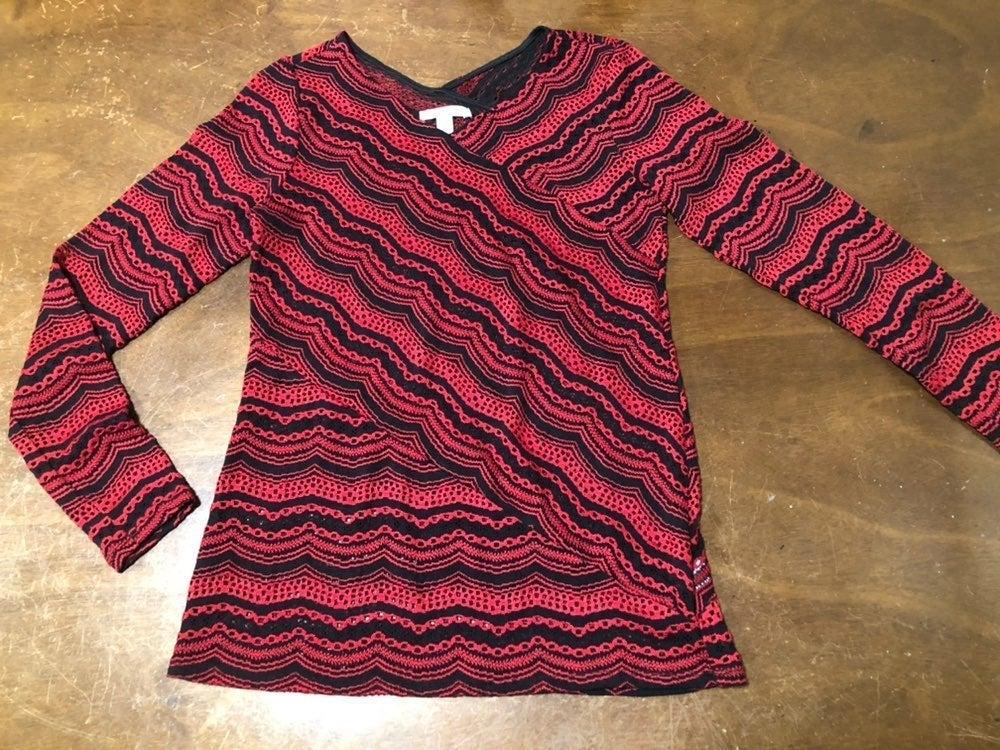 Dana Buchman Red/Black Knit Top Small