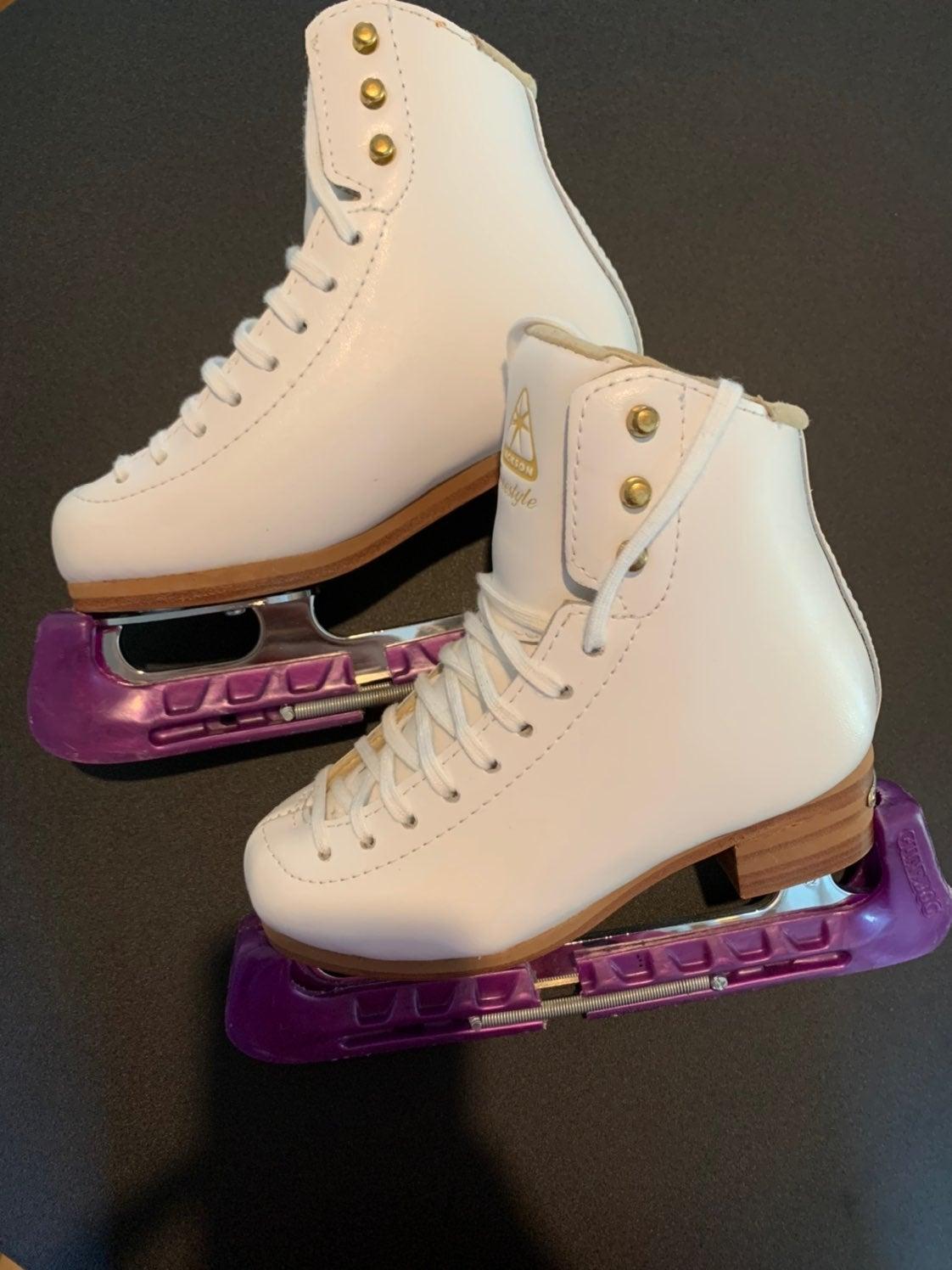 Jackson Freestyle Kids Ice Skates!!