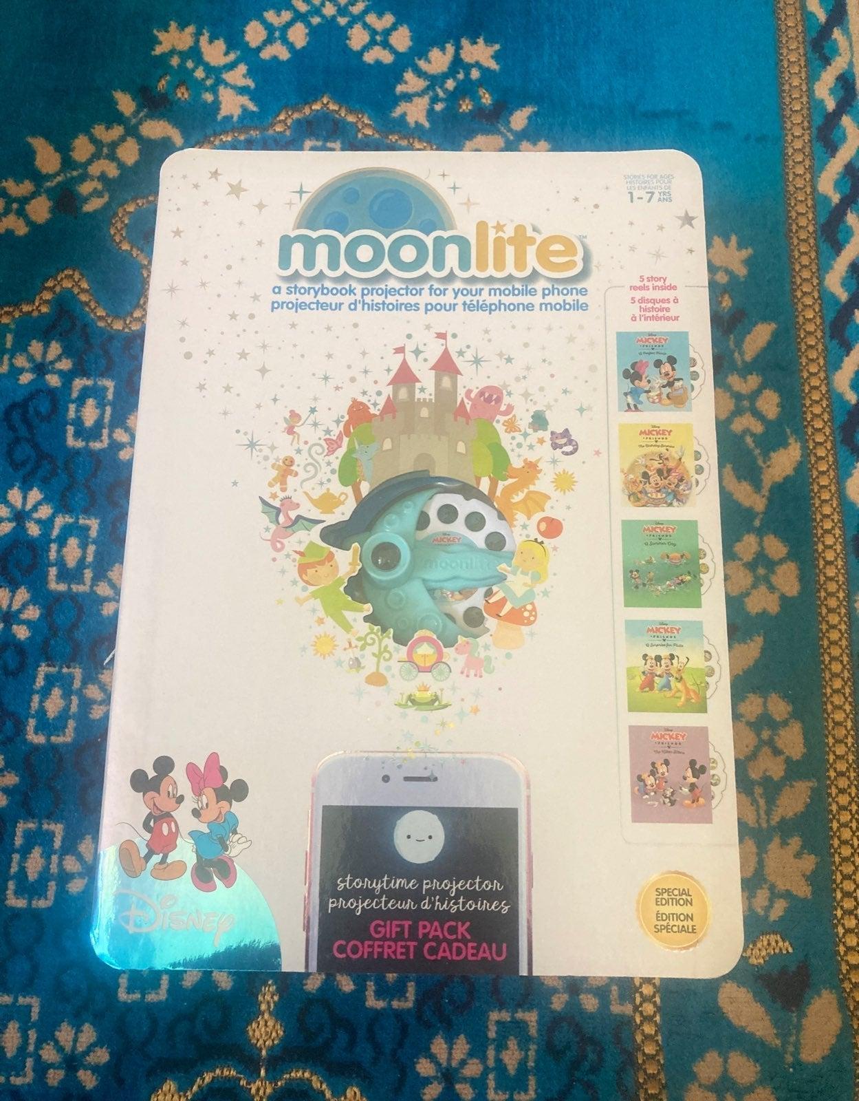 Moonlite Storybook projector Disney