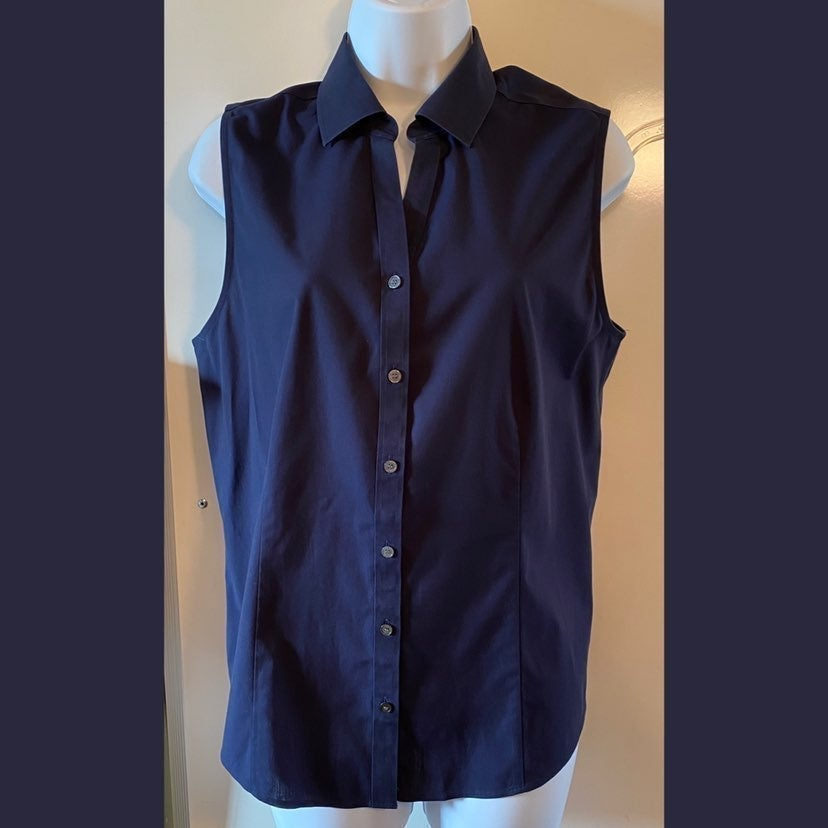 NWT Talbots Wrinkle Resistant Fitted Top