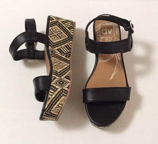 DV by Dolce Vita Size 7 Platform Sandals