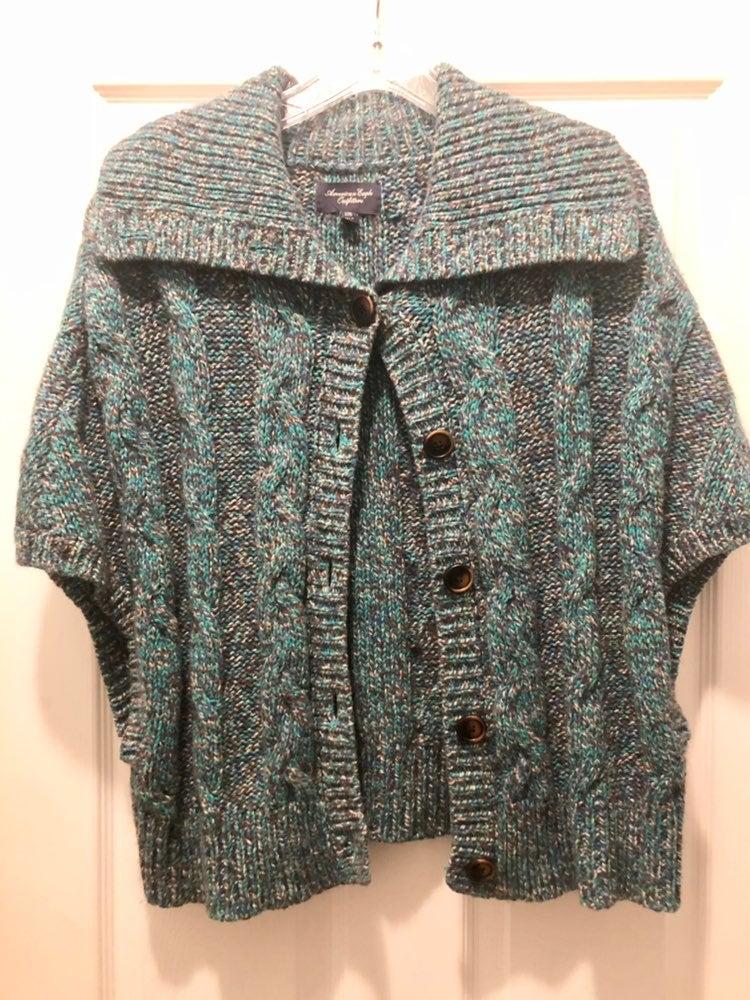 L/XL American Eagle Blue & Black Sweater