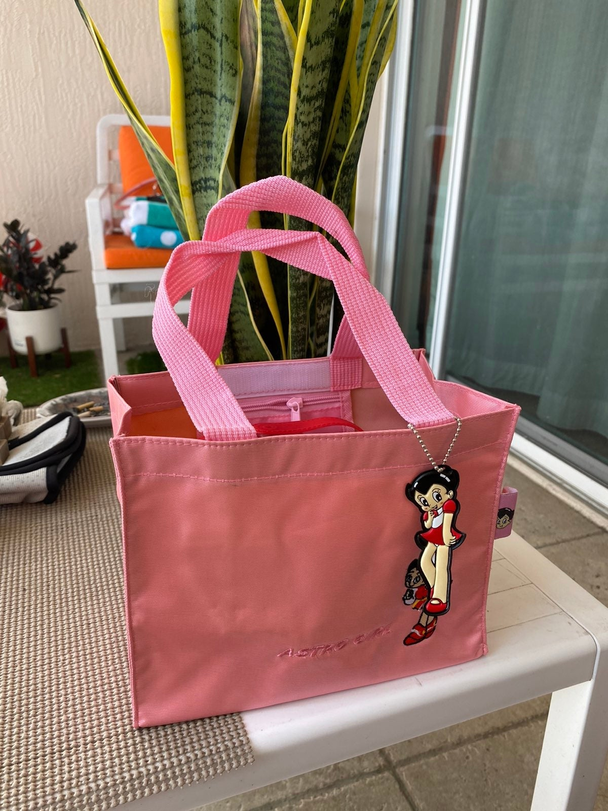 Astro girl lunch bag