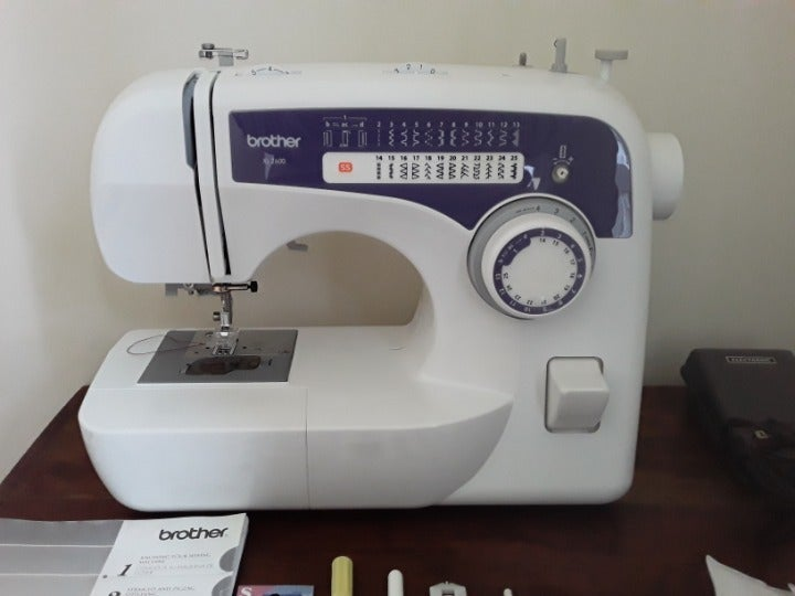 Brother XL2600 with 59 stitch functions