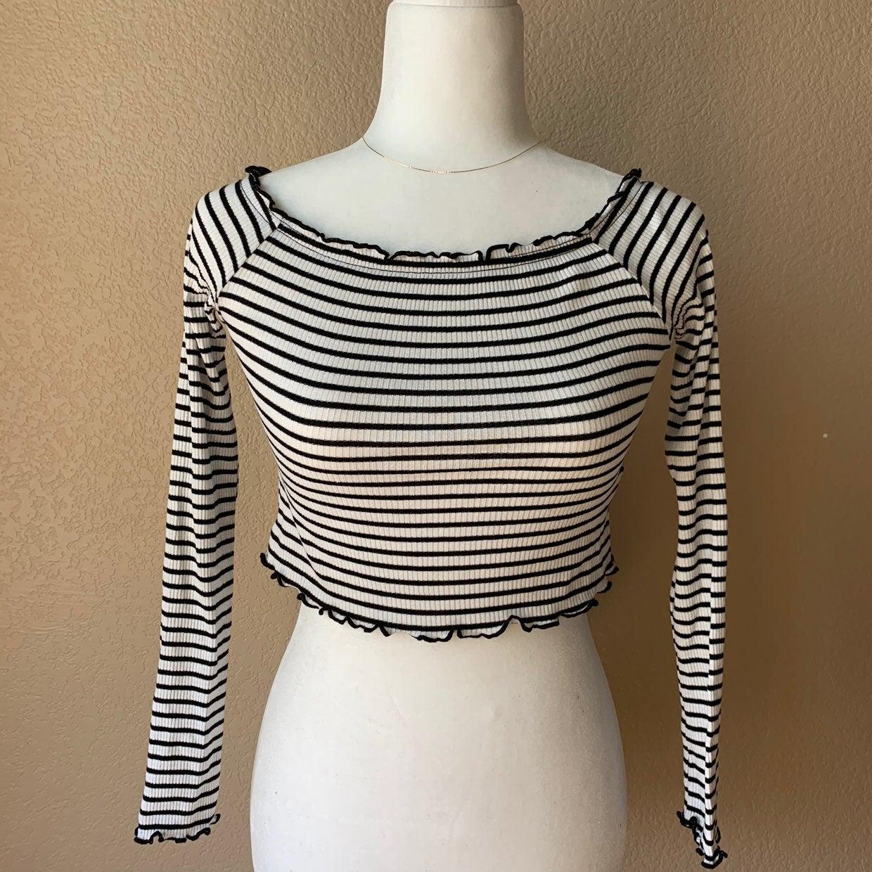 H&M Black White Long Sleeve Crop Top S