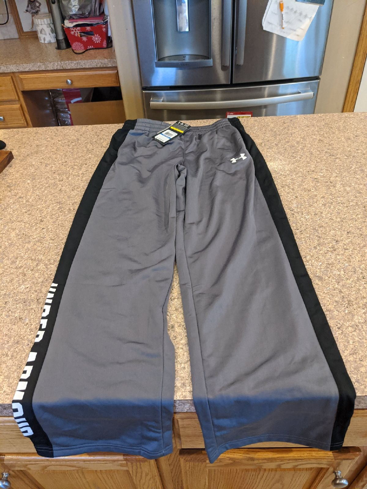 NWT Under Armour Pants Loose Youth XL