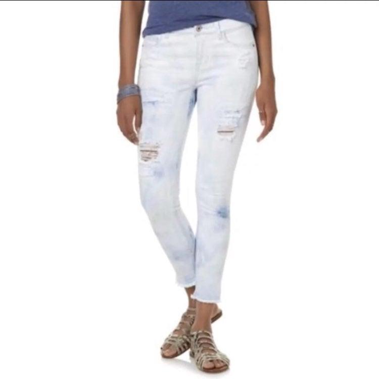 Juniors Rip & Repair Acid Wash Jeans NWT