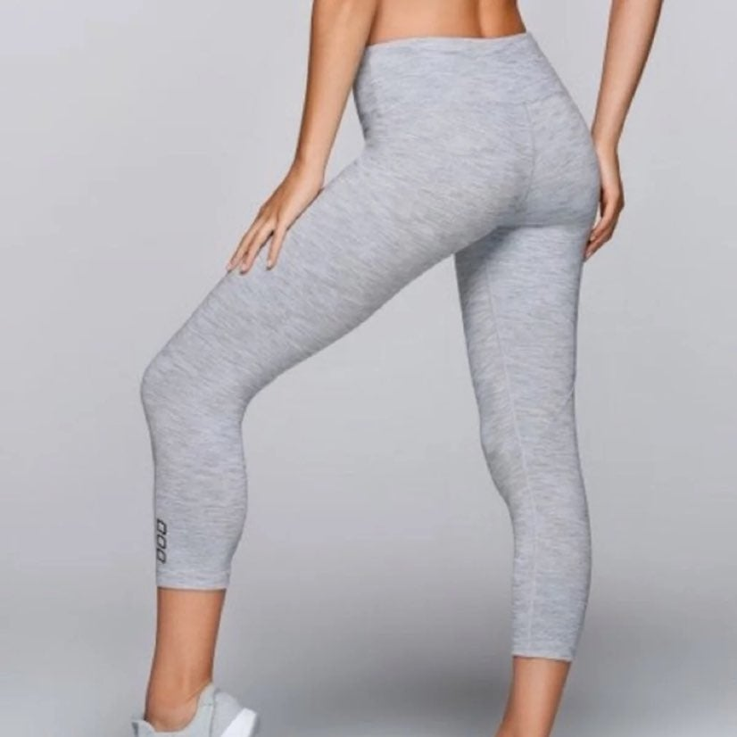 Lorna Jane 7/8 Grey Legging Small