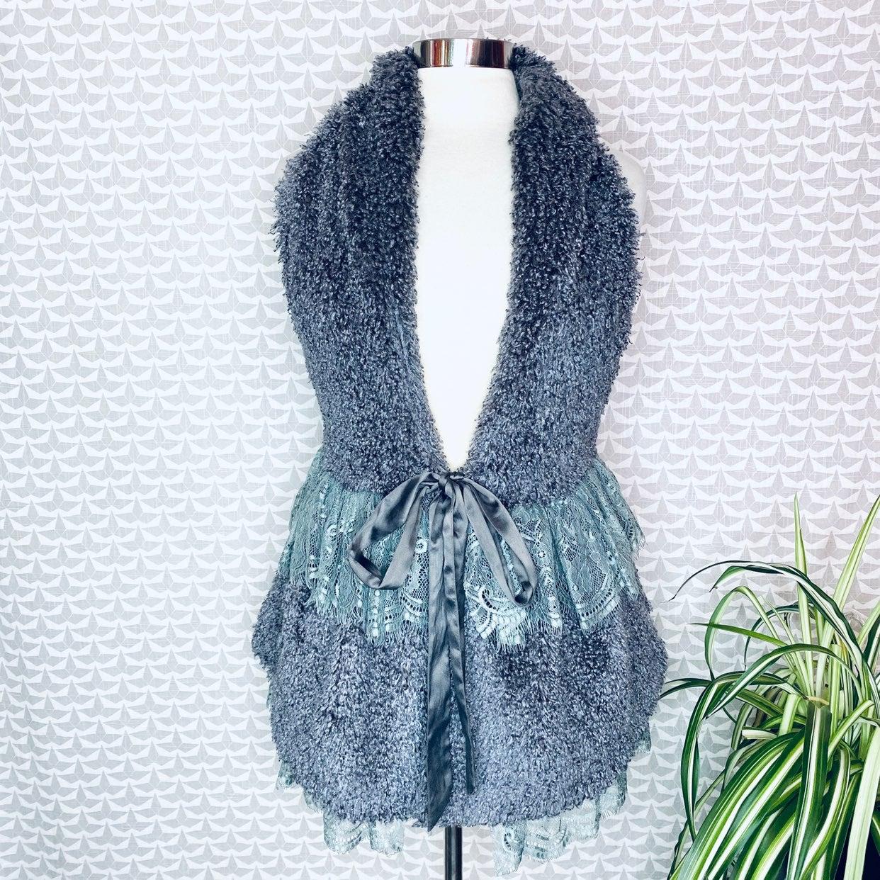 Ryu Faux Fur Poodle Furry Lace Trim Vest