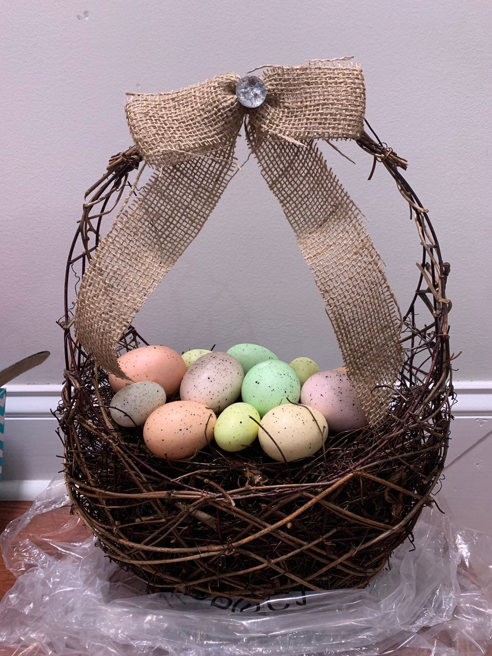 Grapevine easter basket with eggs tablet