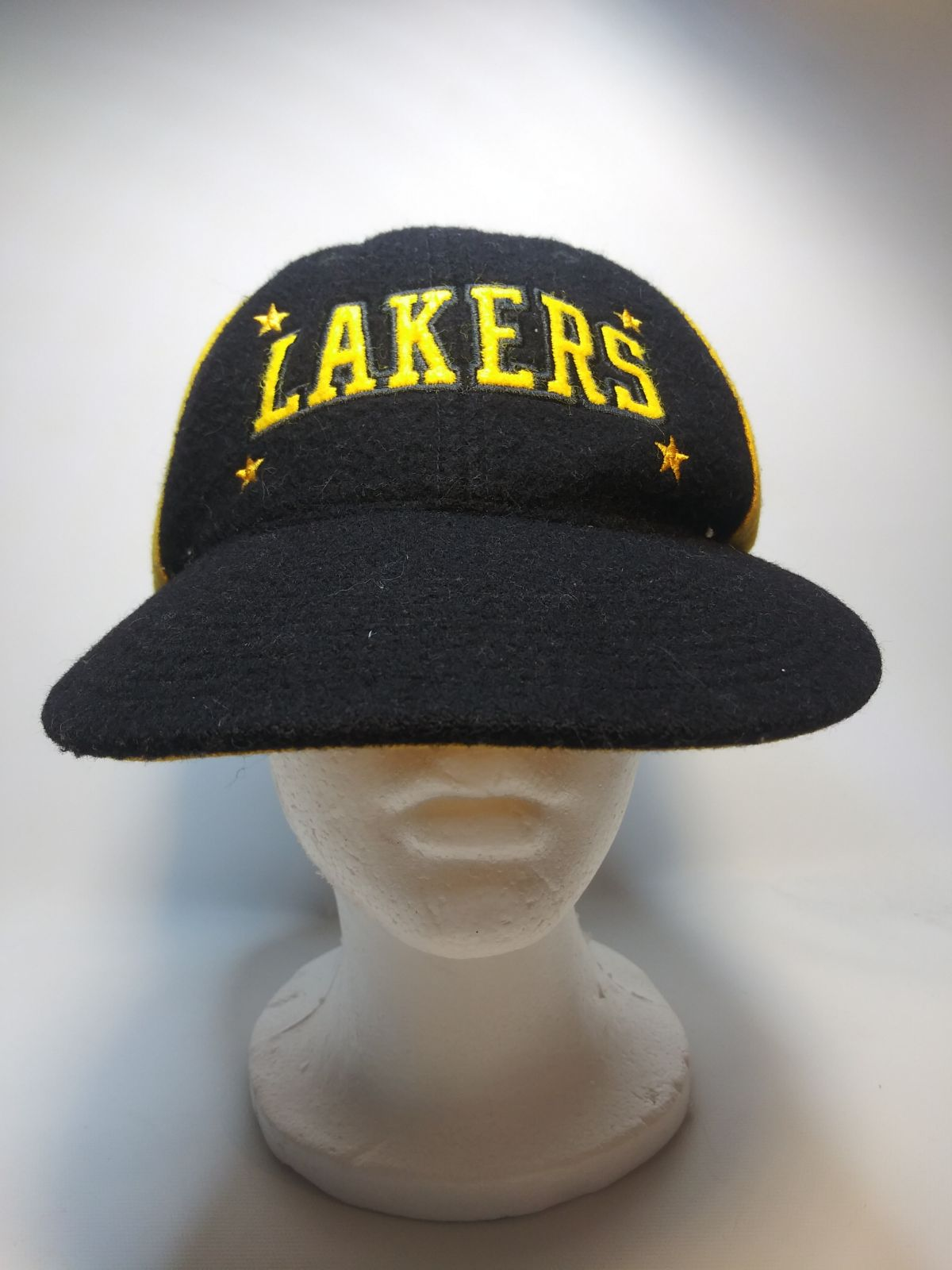Very cool Lakers Hat
