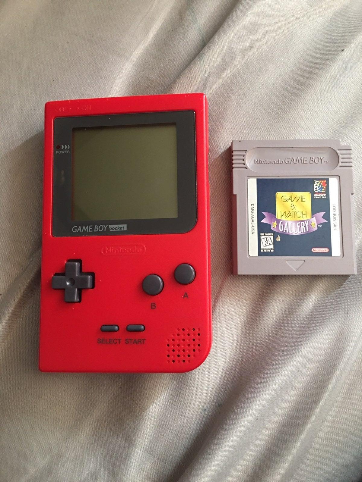 gameboy pocket +Game