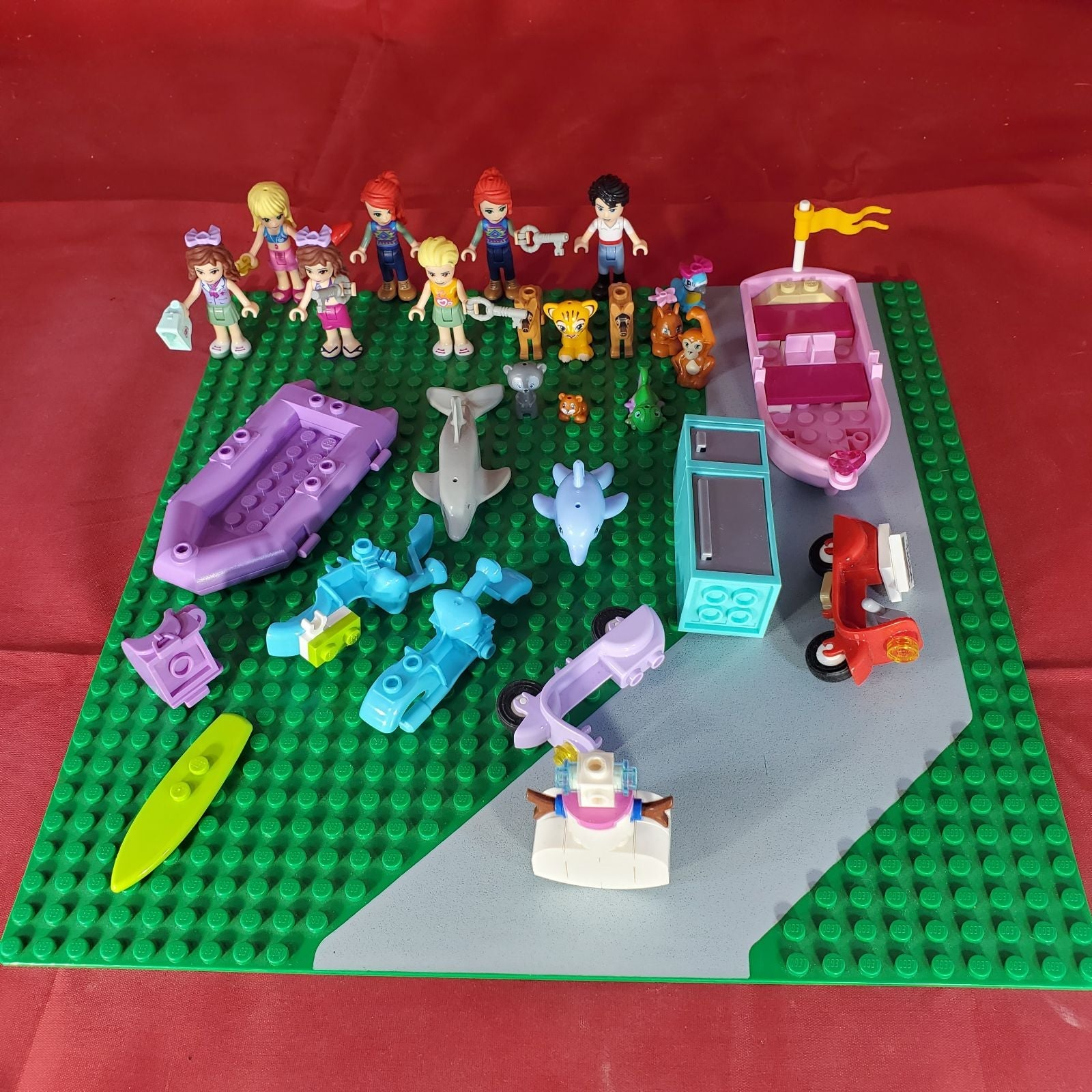 LEGO Friends minifigure pets lot