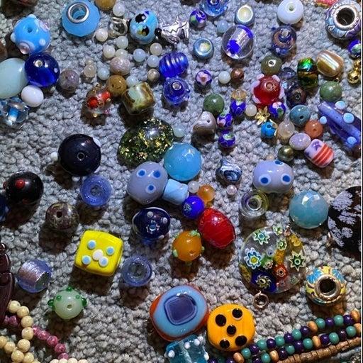 Paparazzi jewelry Lot (Beads)