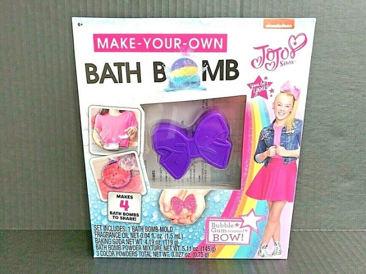 JoJo Siwa Build Your Own Bath Bomb Kit