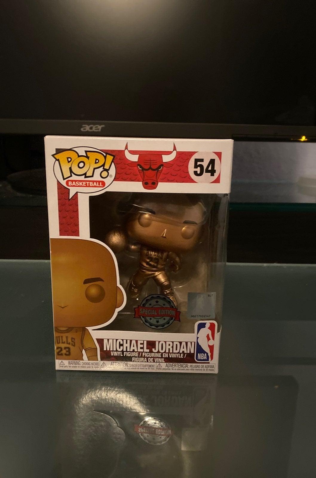 Funko Pop michael jordan bronzed