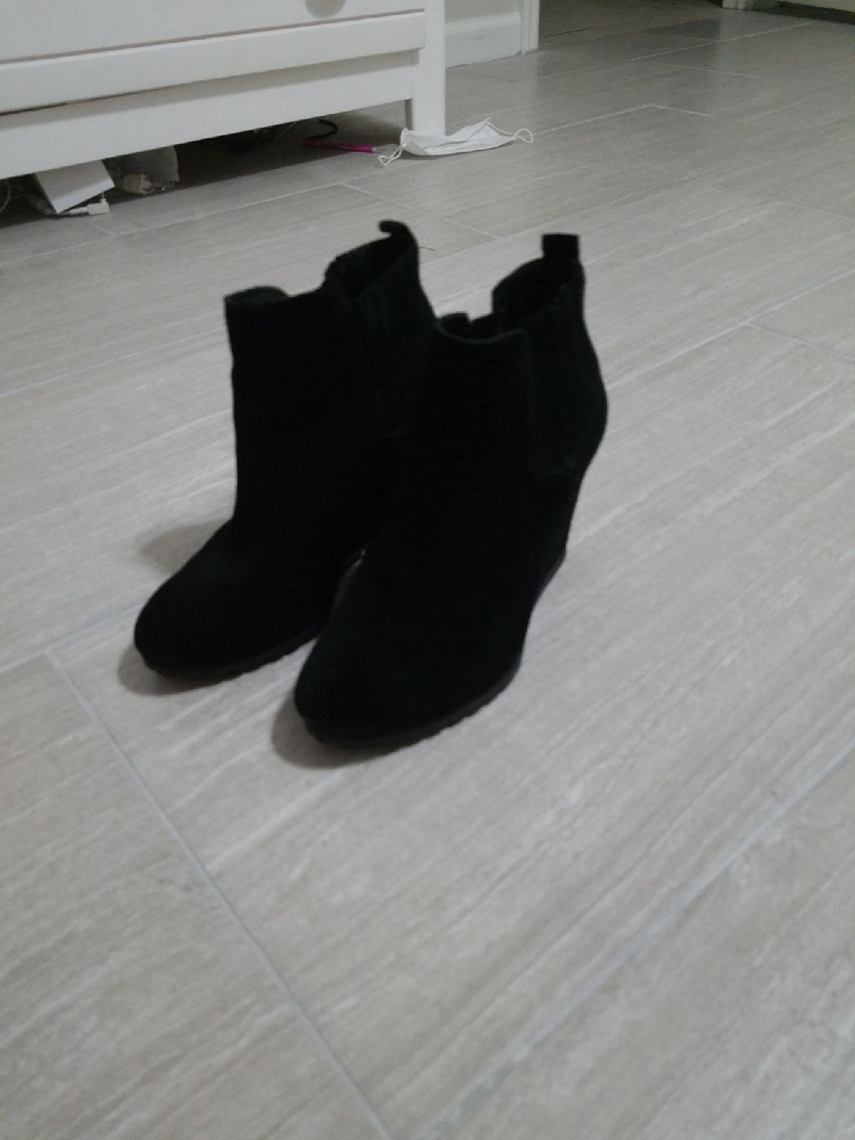 4 inch high heel boots size 6