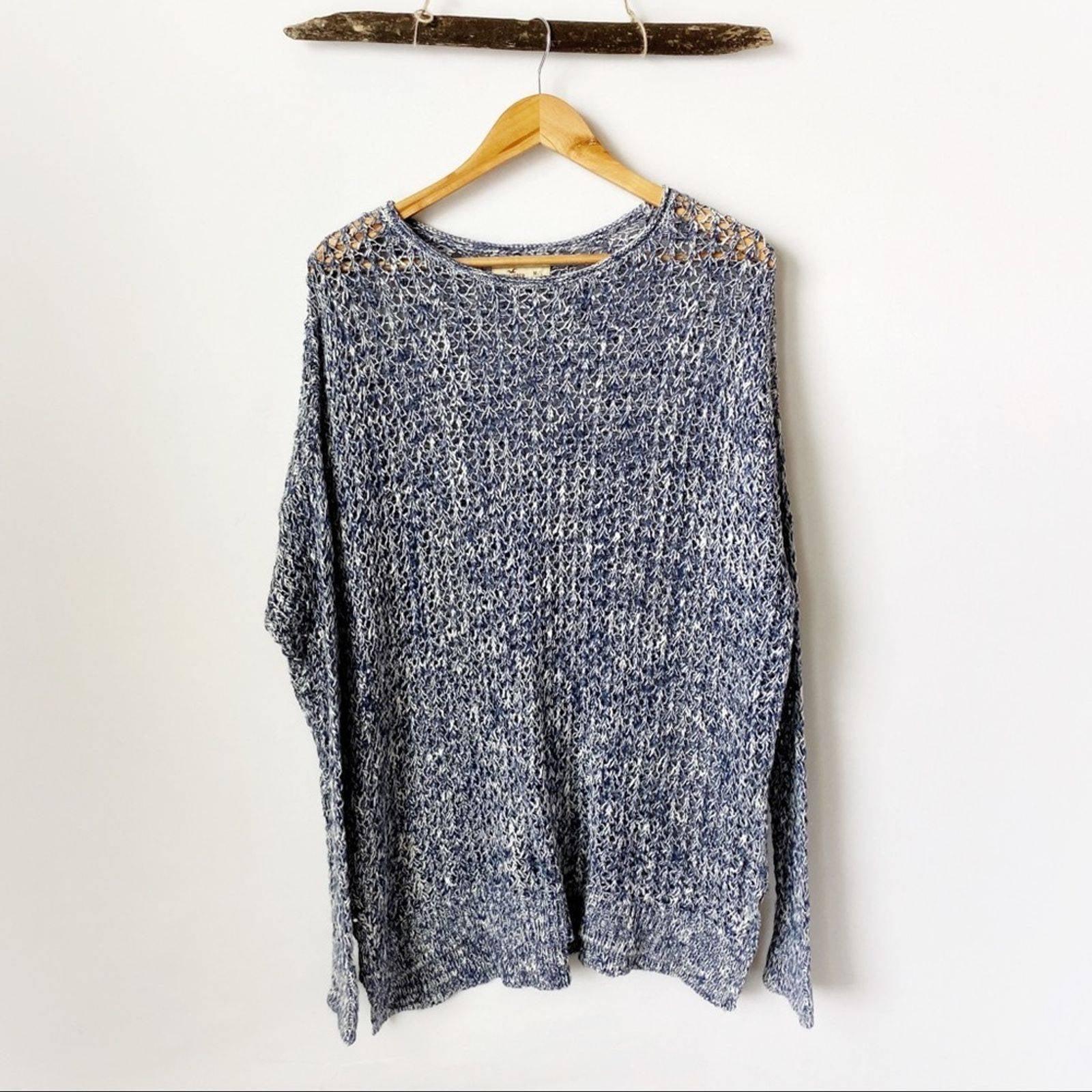 Hollister Blue White Knit Sweater M / L