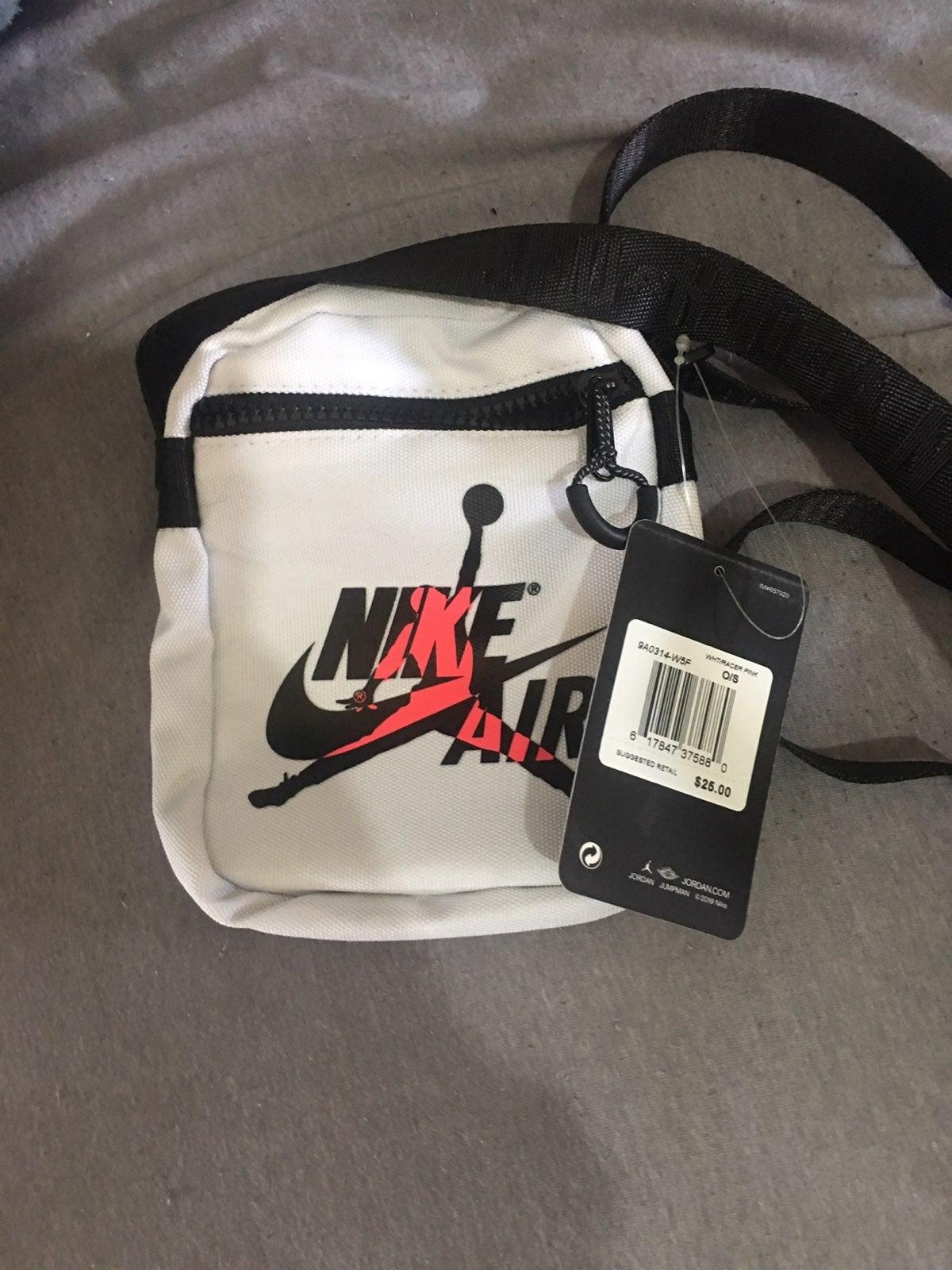 NWT men Nike Air Jordan shoulder bag