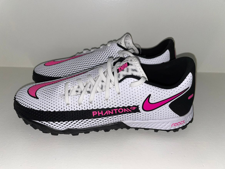 Nike React Phantom Pro Turf Shoes