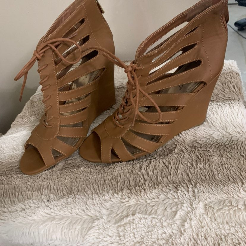 Bamboo Wedges- Size 9