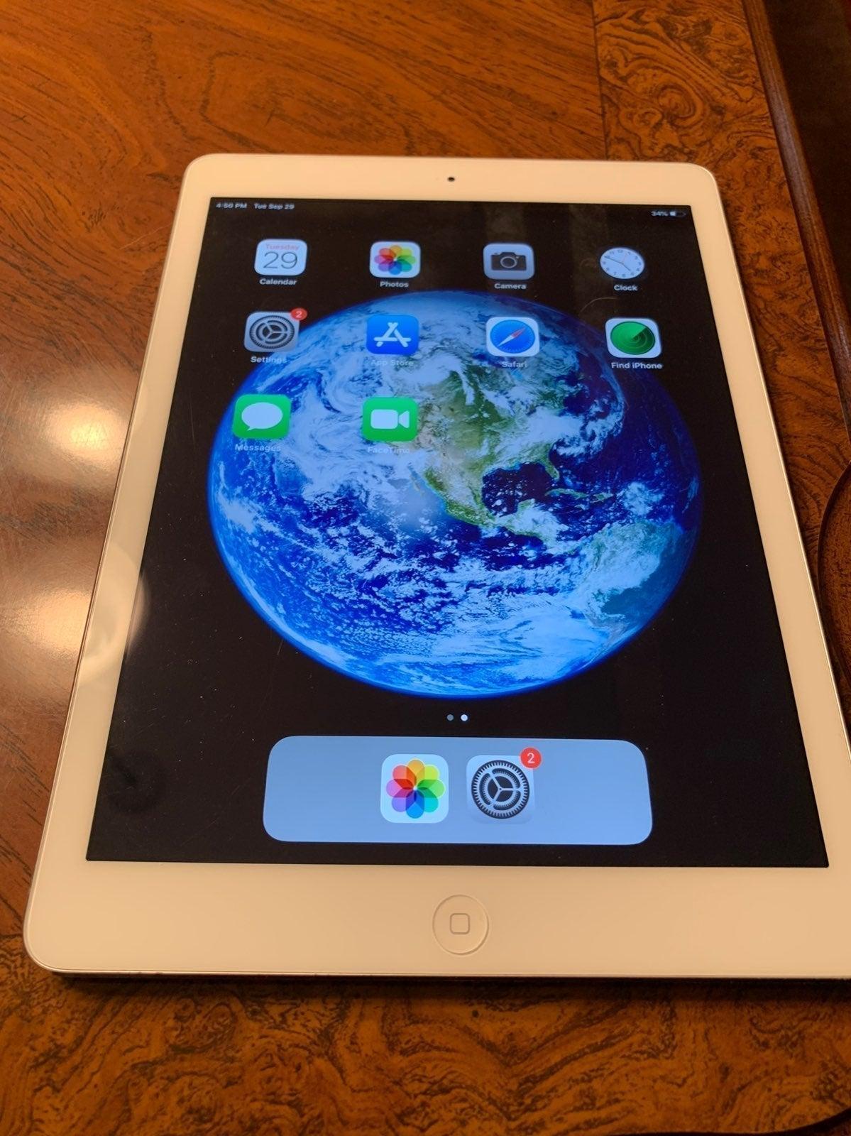 iPad Air 1st generation Silver 32 GB