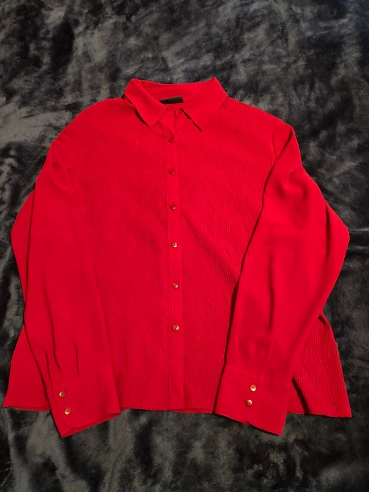 Red Ribbed Button Down Blouse Size L