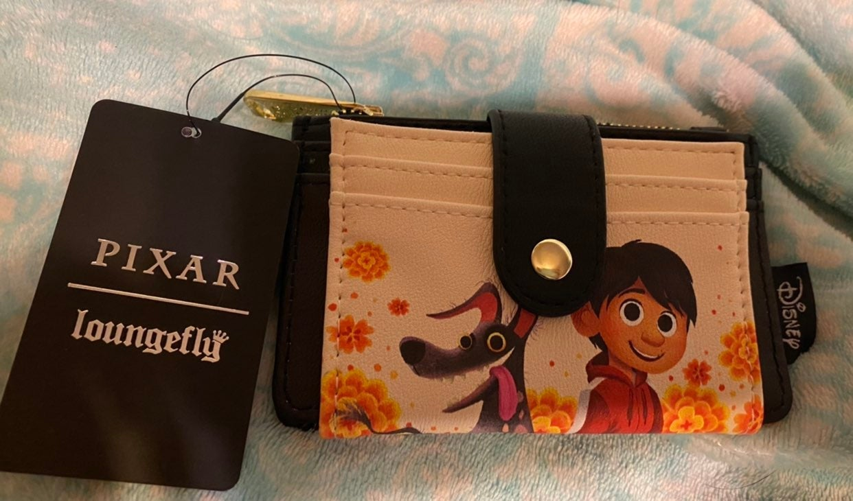 Loungefly coco cardholder