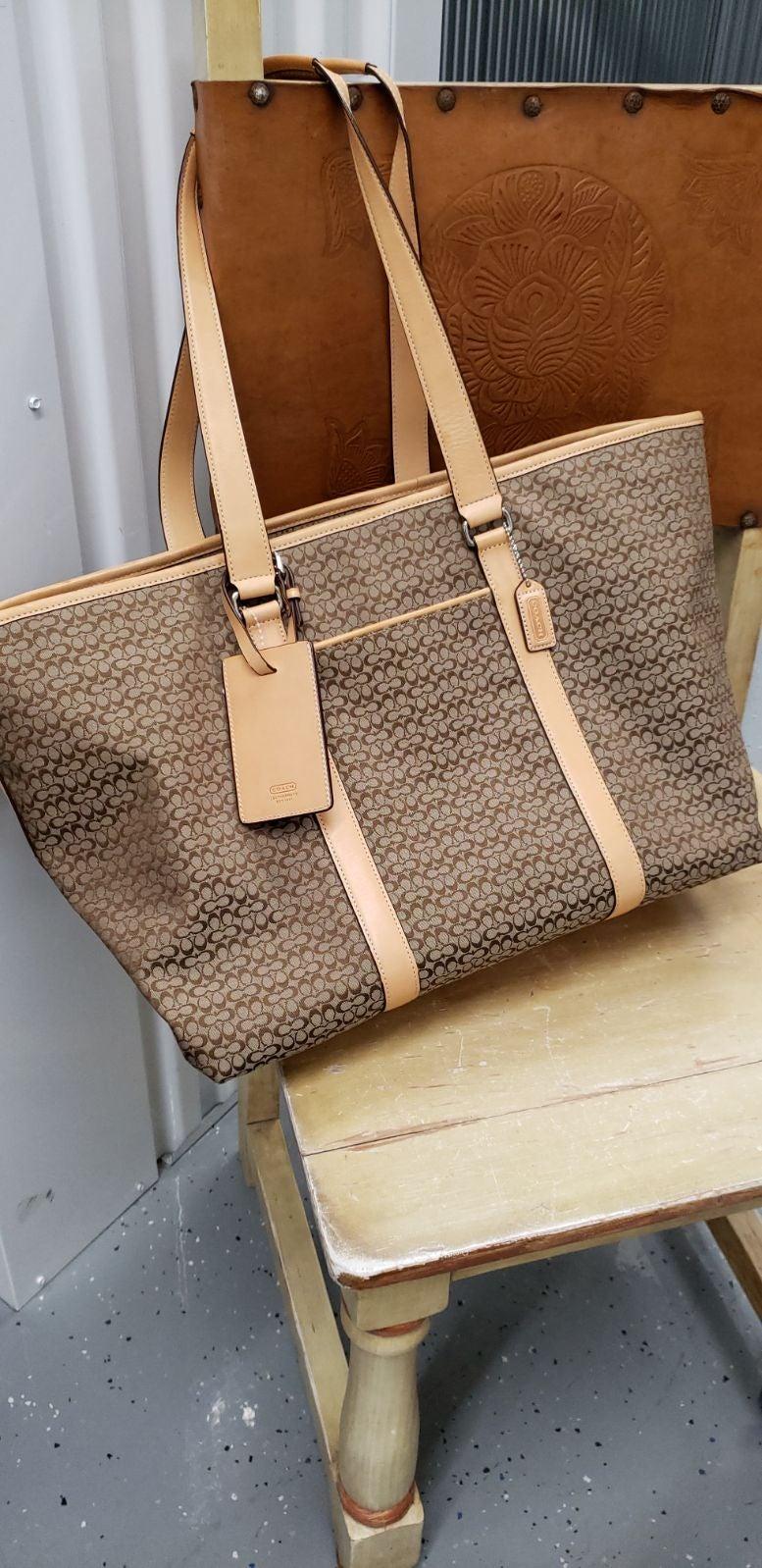 Coach  Signature XL travel Bag